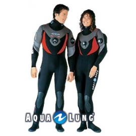*Ref: AQF 66040- Dry Suit Kergulen 1 Piece 7mm